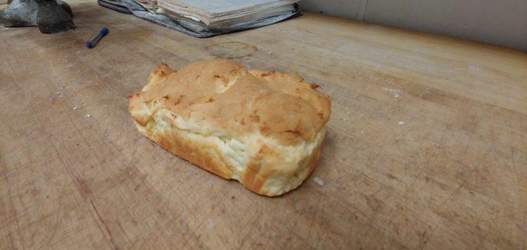 hillcrest-bakery-and-deli-gluten-free-bread